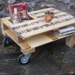 bancale trasformato in tavolo da salotto con due ruote | afmosaici.com