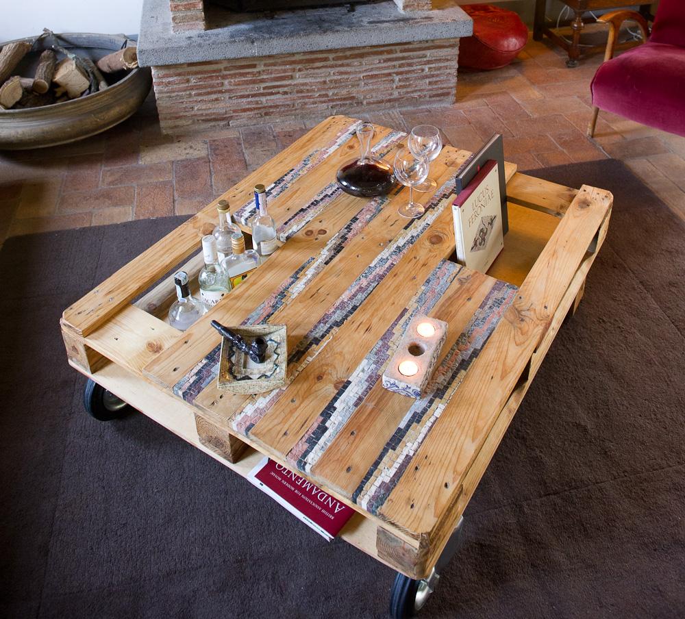 Bancale tavolo la scelta giusta variata sul design for Tavolo con bancali