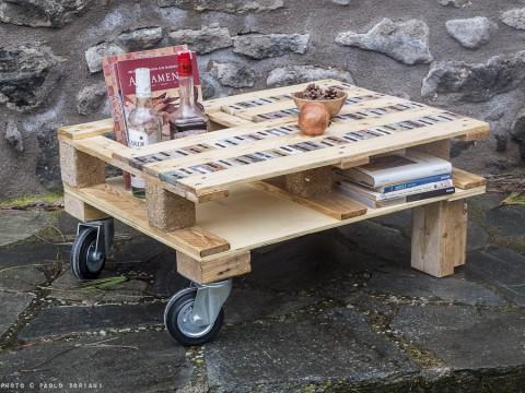 Ricavato da un bancale tavolo da salotto for Tavolo piccolo per salotto