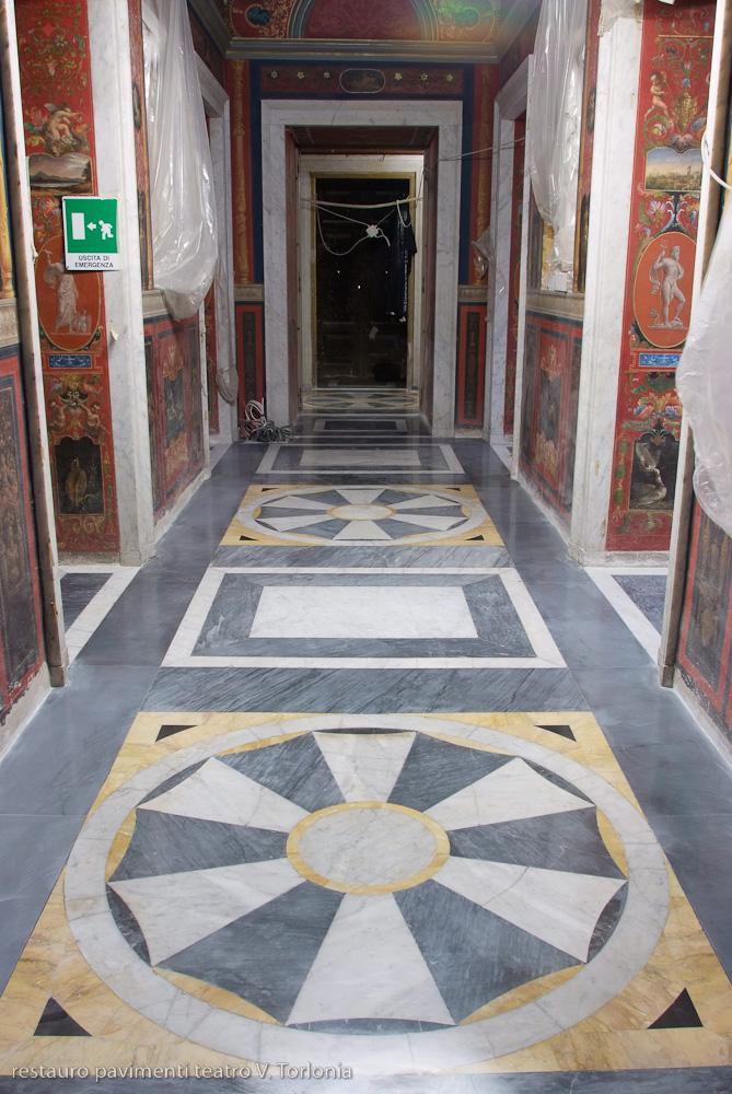 Restauro pavimenti Teatro Villa Torlonia | afmosaici.com