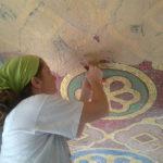 posa in opera di un soffitto in mosaico | afmosaici.com