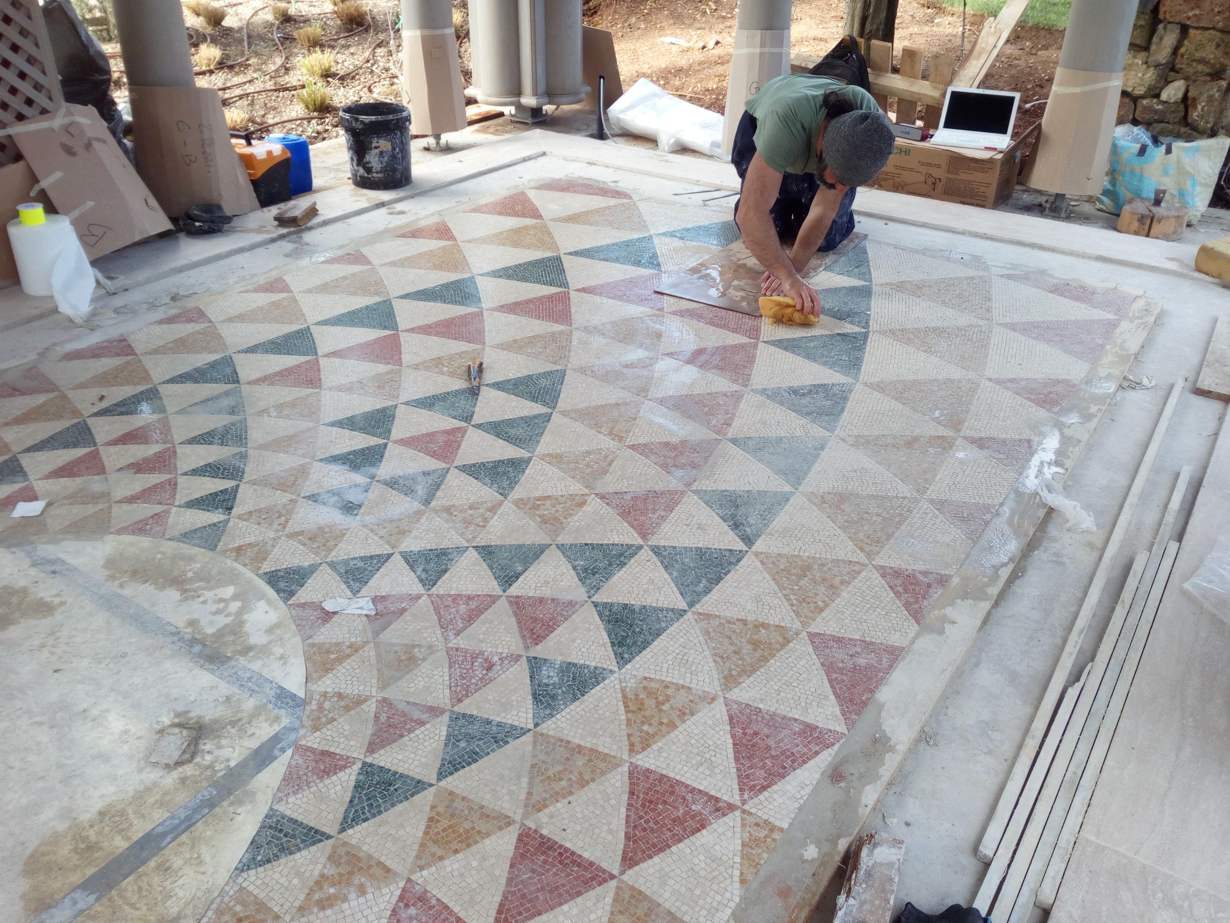 Come Costruire Un Mosaico mosaico per pavimento, riproduzione di un disegno romano