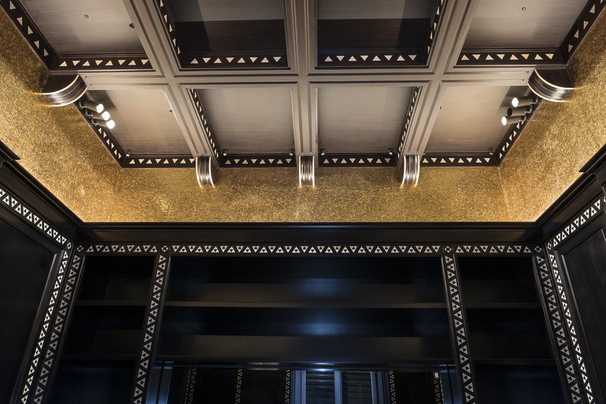 Pareti Doro : Rivestimento di pareti e nicchie con tessere di mosaico d oro